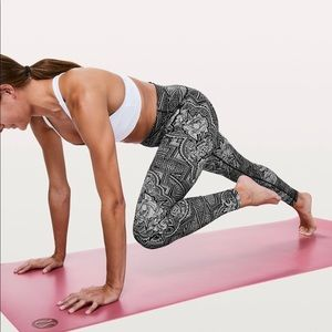 Lululemon Wunder Under High Rise Luxtreme 4
